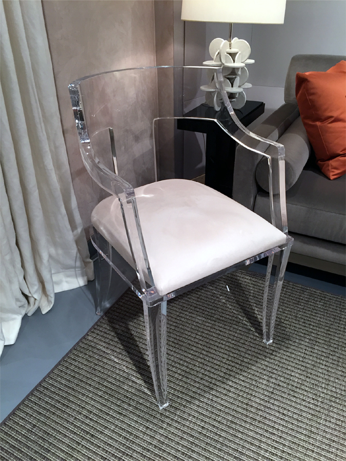 T-BACK CHAIR WITH ARMS
