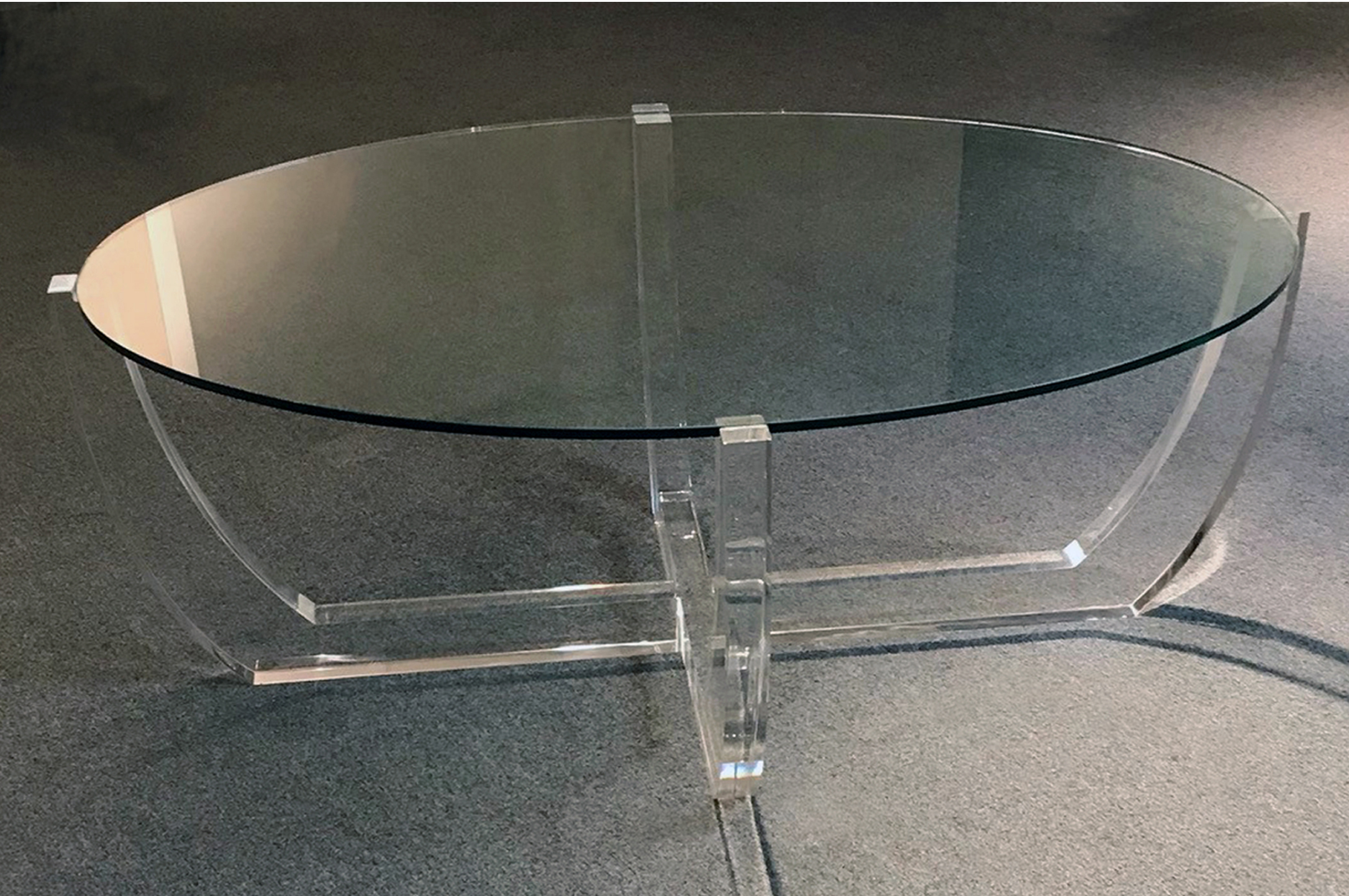 ARCO COFFEE TABLE (CLEAR)