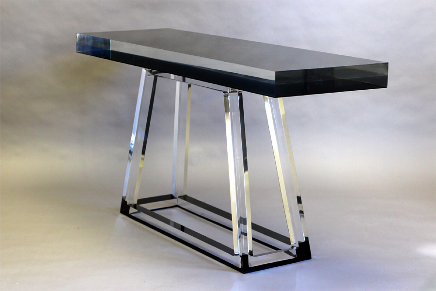 PYRAMID CONSOLE (WITH UNDER COLOR)