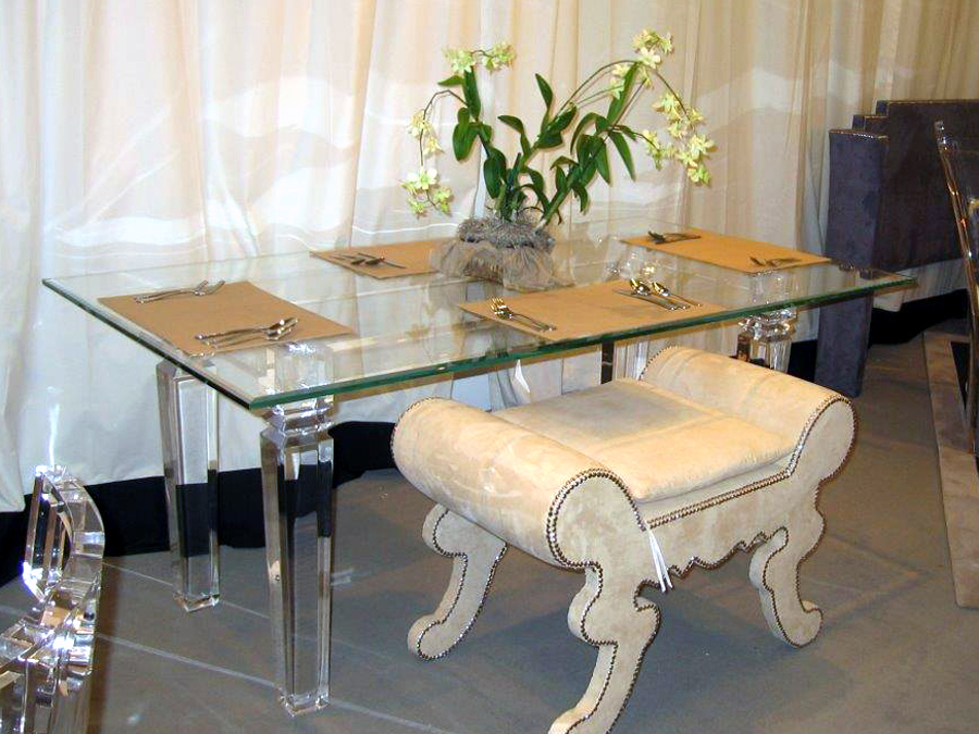 CLEAR CONSCIENCE DINING TABLE